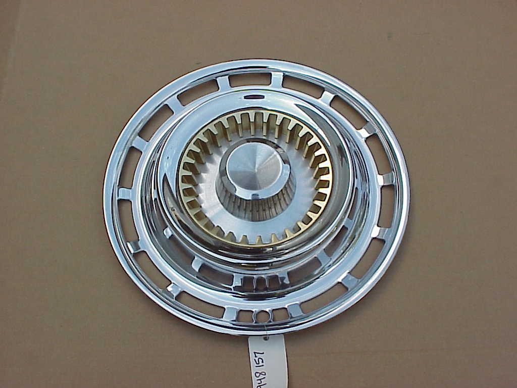 "1959 Imperial LeBaron NOS MoPar 15"" WHEEL COVER #1948157 ..."